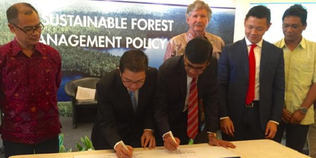 APRIL Sustainable Forest Management Policy 2.0 Signing Ceremony