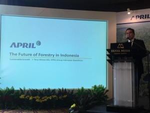 APRIL Group Managing Director Tony Wenas speaking at the launch of the Sustainable Forest Management Policy 2.0 (SFMP 2.0)