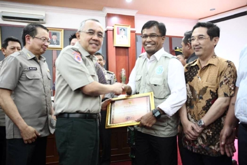Collaboration with the local government. Director Rudi Fajar affirms APRIL Group's support for a long-term multi-stakeholder effort in fire prevention, by working closely with the Riau government, led by Governor A Rachman.