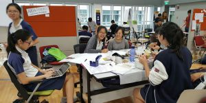 CUBE 2016 participants prototyping on APRIL's PaperOne