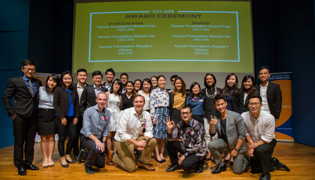Belinda Tanoto with winners of Crossing the Chasm Challenge 2016