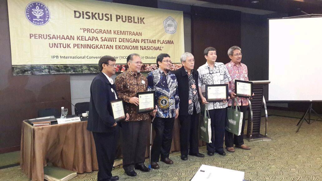 Asian Agri partners smallholders