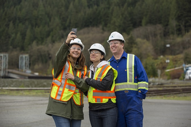 From 2013 to Spring 2015, Woodfibre LNG held more than 320 community meetings, hosted two business information sessions and opened a Community Office in Squamish