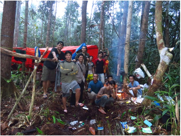 The FFI survey team in one of its camps