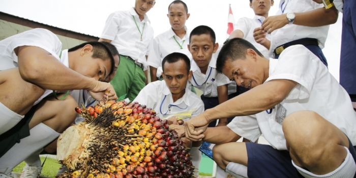 How Asian Agri's Learning Institute Trains Capable Managers for Indonesia's Palm Oil Industry