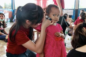 Project Sukacita Tanoto Foundation Ear Cleaning
