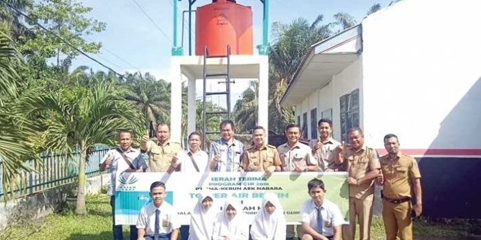 Asian Agri Builds Water Tower For School