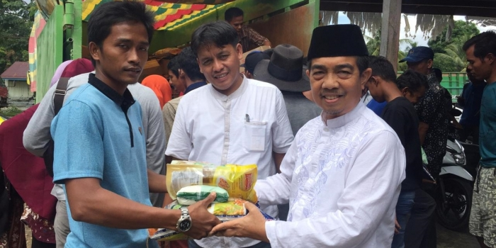 APRIL Group Supports Flood Relief in Riau Province