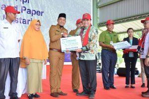 Sihol Aritonang Congratulates Fire Free Village